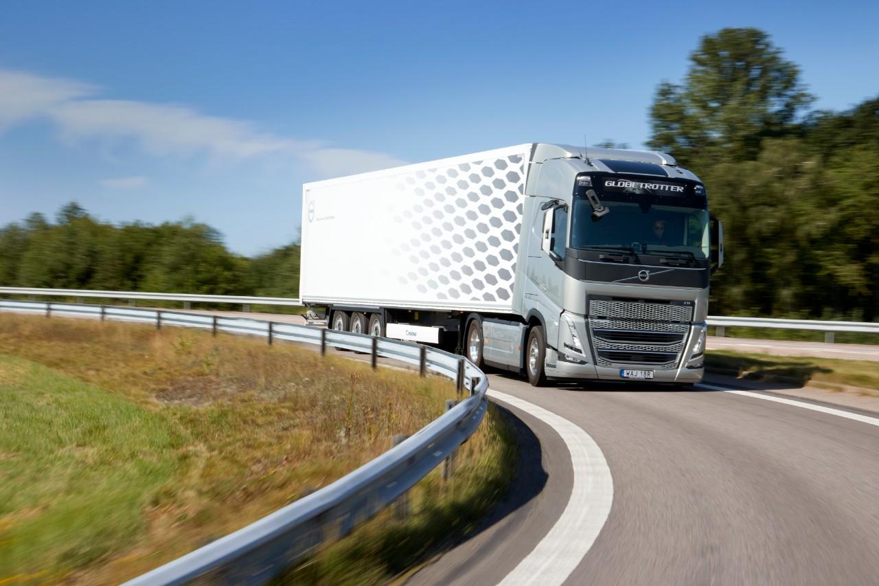 Volvo FH со I-Save станува уште поефикасен